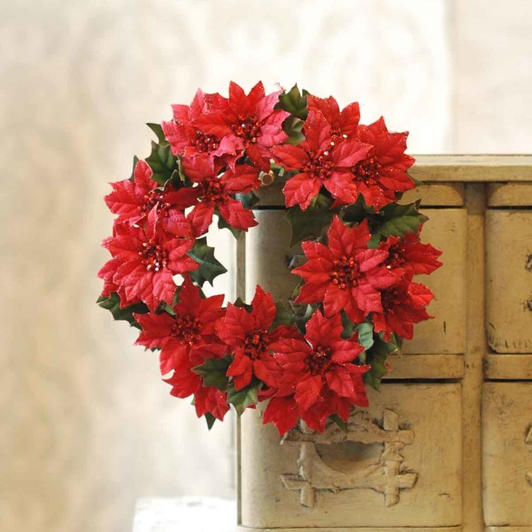 Red Poinsettia Candle Ring - 4in