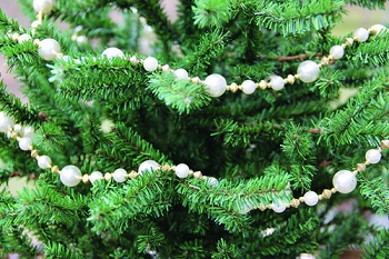Christmas Tree Garland - Pearl & Gold Garland - 9 Foot