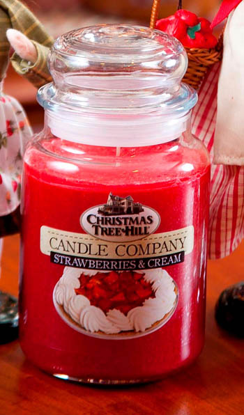 "Christmas Tree Hill Fragranced Candle - 22 oz. Jar - ""Strawberries & Cream"""
