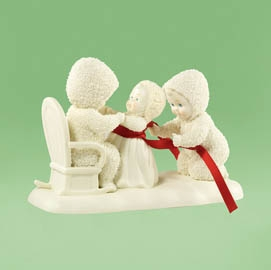 "Department 56 Snowbabies  - ""Mommy's Little Girls""   - Retired 2012"