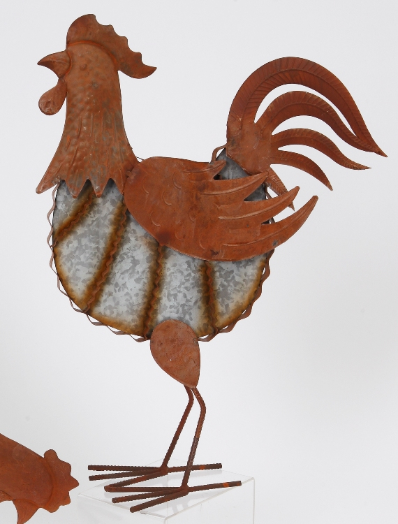 "Farmhouse Home Decor - ""Rustic Rooster with Head Up Figurine"" - 21 Inch"