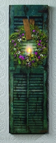 "Lighted Canvas Pictures - ""Shutter With Herb Wreath"""