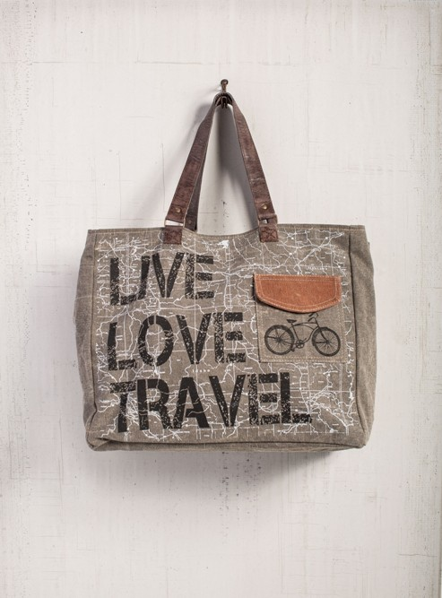 "Mona B Weekender - ""Live Love Travel"""