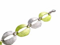 """Plus Size Bracelet Fashion Oval Silver and Green 8""""-9"""""""