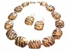 Plus Size Necklace and Earrings Gold and Black