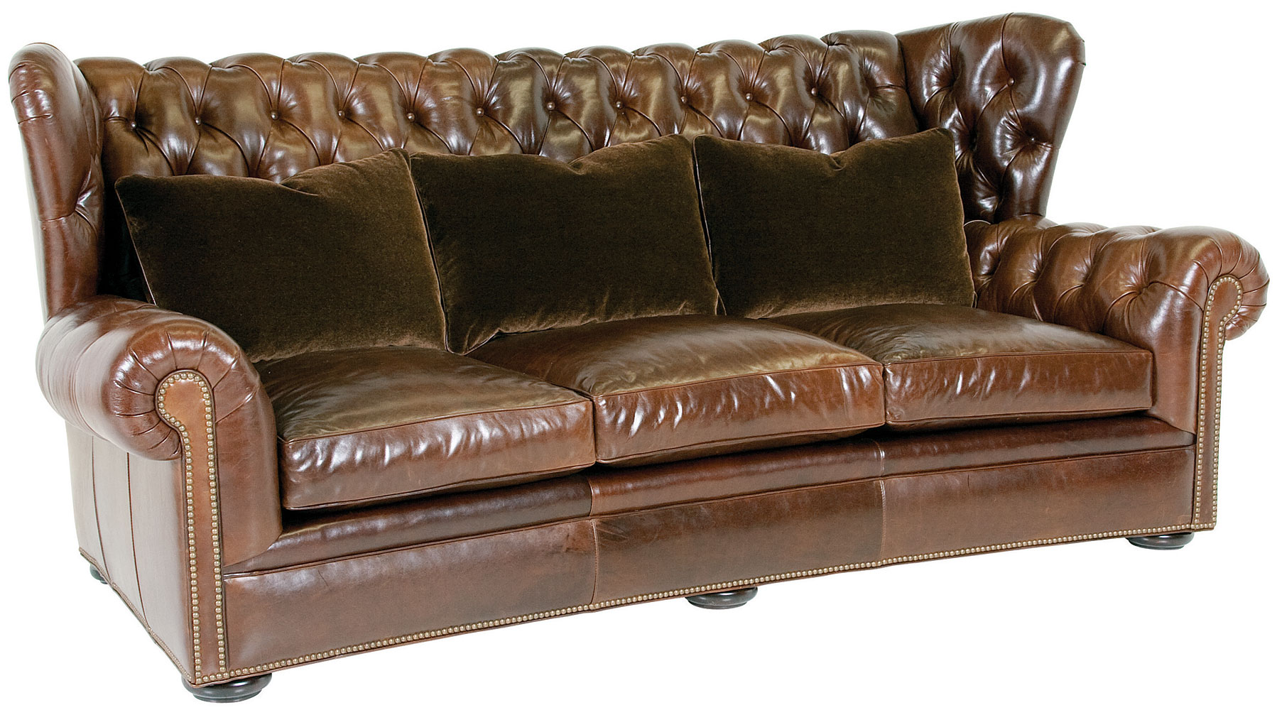 leather wingback chesterfield sofa with nailhead trim club furniture. Black Bedroom Furniture Sets. Home Design Ideas