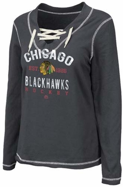 Chicago Blackhawks Women's Majestic Brink of Victory Pullover Lace-Up Shirt