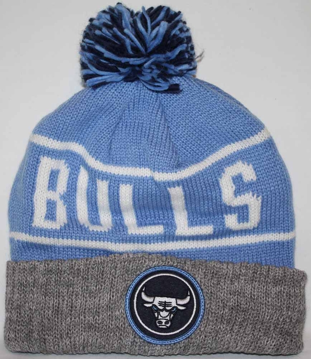 03244963734 Chicago Bulls Mitchell   Ness High 5 Cuffed Pom Knit Hat - Baby Blue
