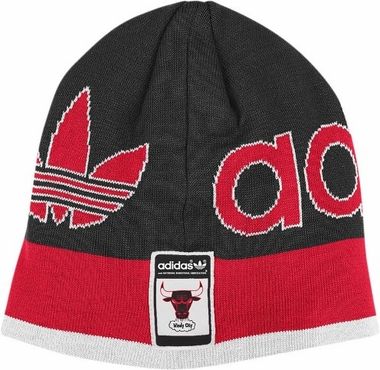Chicago Bulls Throwback Striped Knit Hat