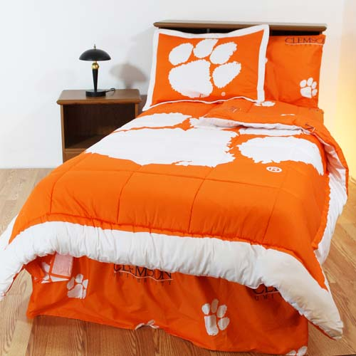 Clemson Bed In A Bag Queen With Team Colored Sheets