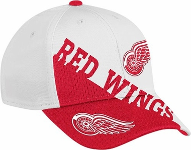Detroit Red Wings 2011 Game Day Structured Flex Hat