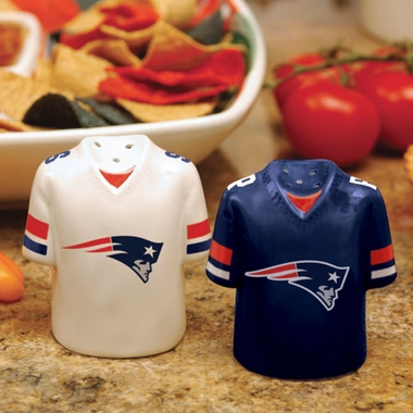 New England Patriots Ceramic Jersey Salt and Pepper Shakers