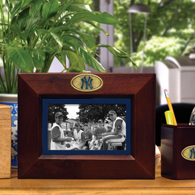New York Yankees BROWN Landscape Picture Frame