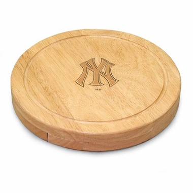 New York Yankees Circo Cheese Board
