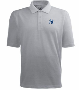 New York Yankees Mens Pique Xtra Lite Polo Shirt (Color: Silver) - X-Large