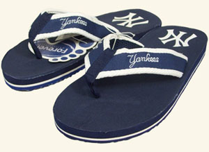 New York Yankees Contoured Flip Flop Sandals