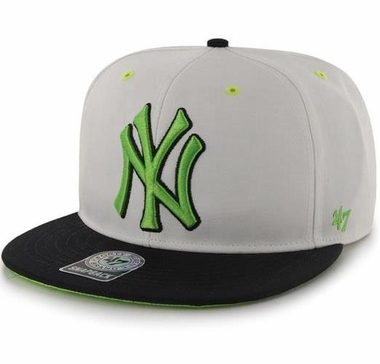 New York Yankees MLB 47 Brand Two Tone Maxim Neon Snap Back Hat