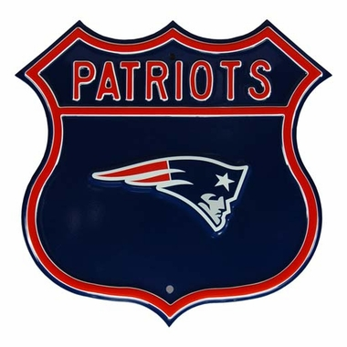 Patriots W Patriots Route Sign
