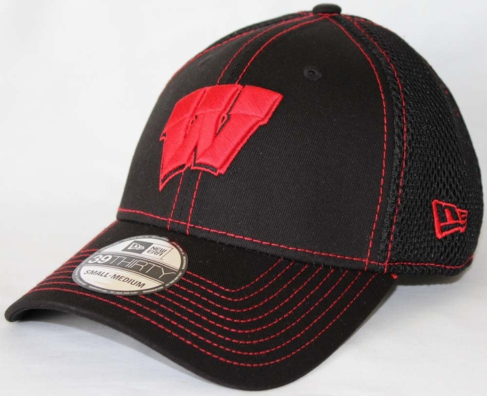 51c7d3a8b35 Wisconsin Badgers New Era 39THIRTY Black Team Neo Fitted Hat