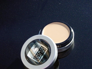 Under eye Lightener/Concealer