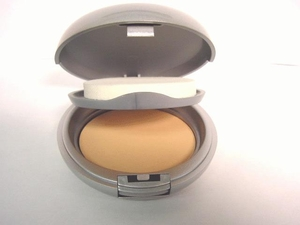 Wet/Dry Dual Powder Foundation Light Beige #31
