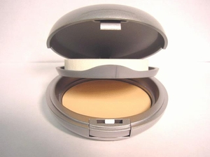 Wet/Dry Powder Foundation Pale Ivory #30