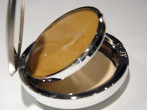 Wheat Cream-to-Powder Foundation