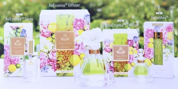 Monique Lhuillier Citrus Lily Fragrance Collection by Agraria