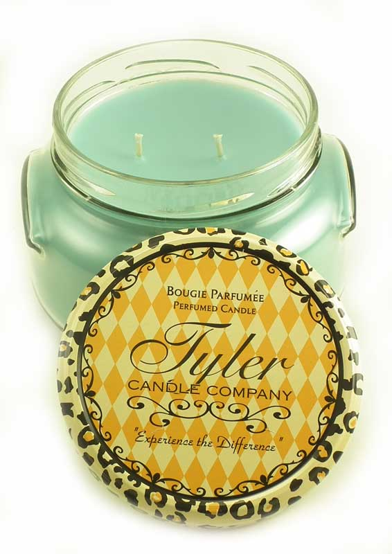 Resort Tyler 22 Oz Large Scented 2 Wick Jar Candle