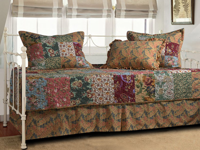 Antique Chic Daybed  5 pc. Set - SOLD OUT