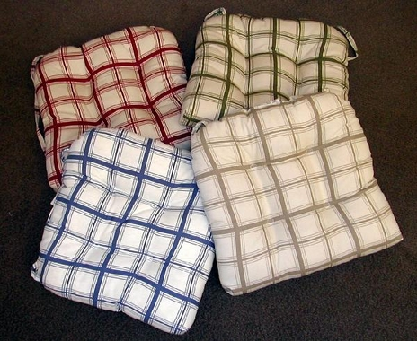 Chair Pad   Logan Plaid Red  CLEARANCE (3 In Red)