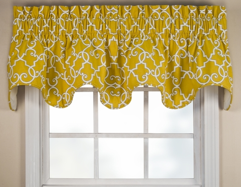 Woburn Scallop Valance - SOLD OUT