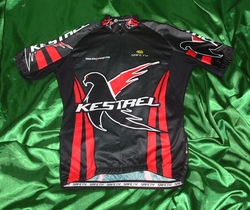 Kestrel Red & Black 08 Sample Pro Cut