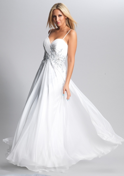 Dave and Johnny Prom Dress 8557