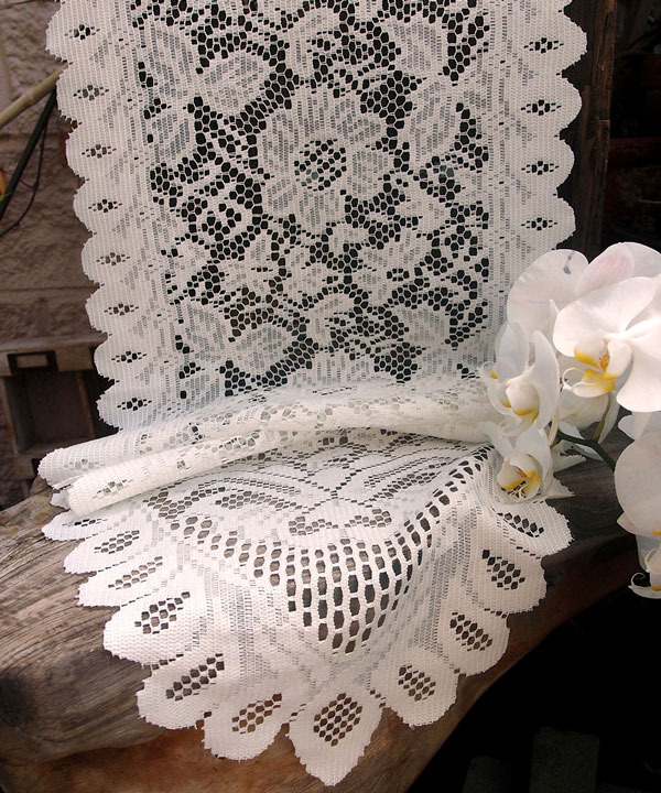lace table runners white 1