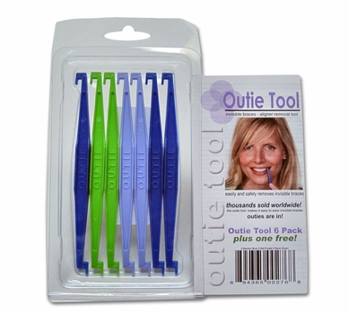 Outie Tool to Remove Invisalign Aligners & Clear Retainers - Pack of 7