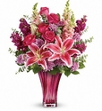 Bold Elegance Bouquet DX