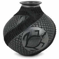Mata Ortiz Black Turtle Pot