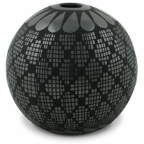Small Hole Mata Ortiz Black Grid Vase