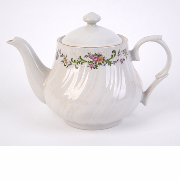 Clarabelle Porcelain 36 1/2 oz Tea Pot