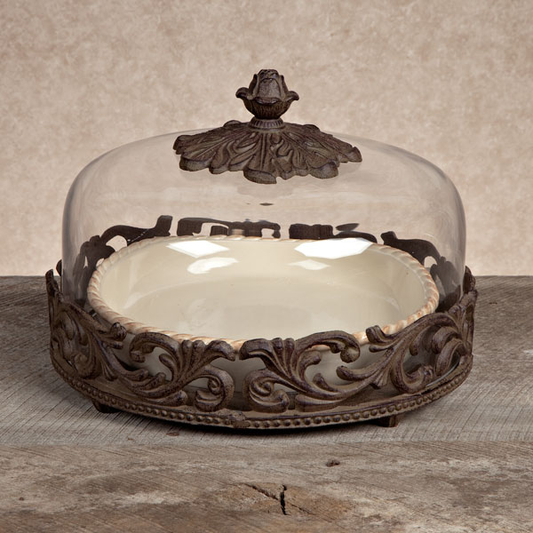 & GG Collection Gracious Goods Cream Covered Pie Plate with Metal Base