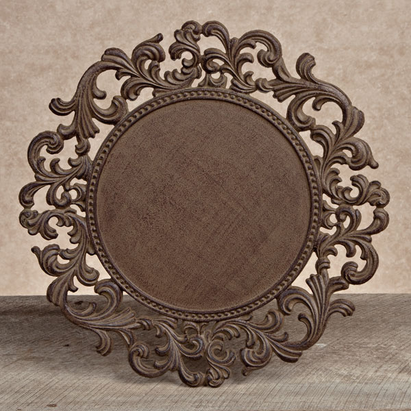 & GG Collection Gracious Goods Round Metal Charger Plates (4)