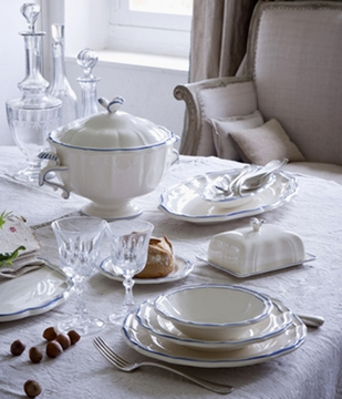 & Gien Filet Bleu Dinnerware