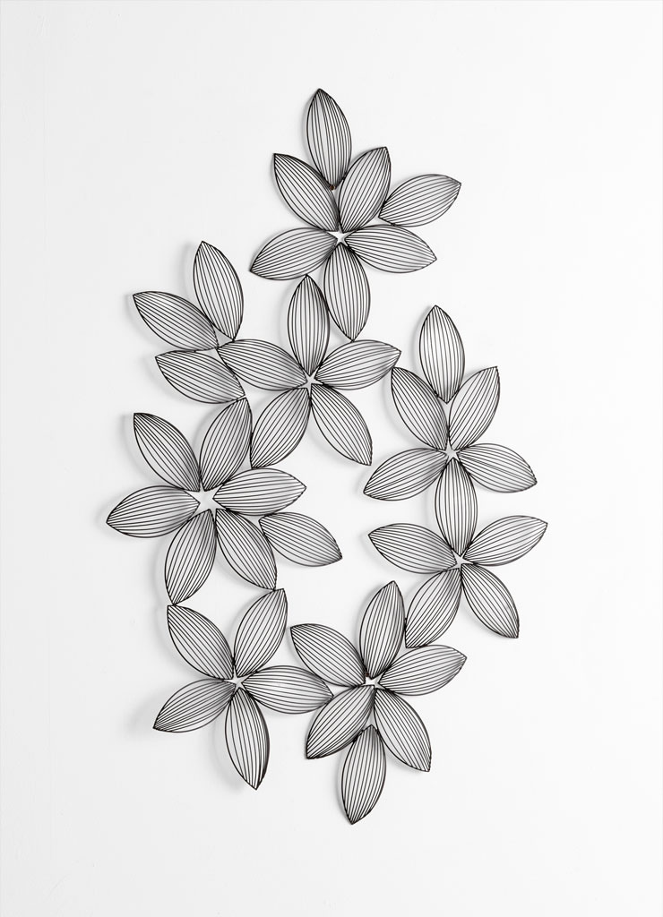 Glynne Flower Petals Wire Wall Decor By Cyan Design