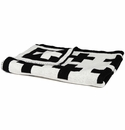 in2green Swiss Cross Black/Milk Reversible Baby Blanket