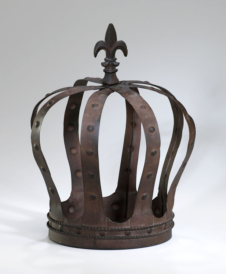 King 39 s crown iron decor by cyan design for Decorative accessories