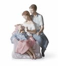 Lladro A Circle Of Love Young Family Figurine