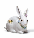 Lladro Attentive Bunny With Flowers Porcelain Figurine