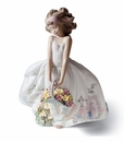 Lladro Girl with Wild Flowers Porcelain Figurine