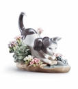 Lladro Kitty Confrontation Figurine